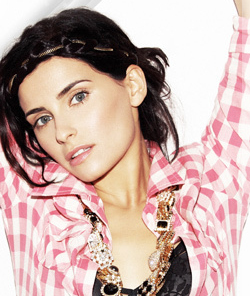 nelly-furtado2