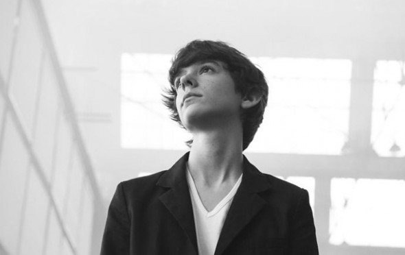 Madeon looking up