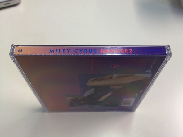 miley cyrus bangerz full cd artwork6