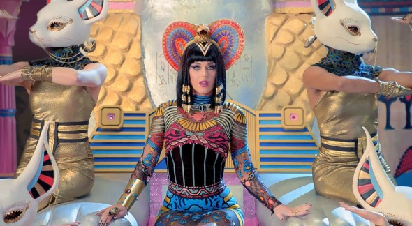 Katy-Perry-Dark-Horse-Music-Video