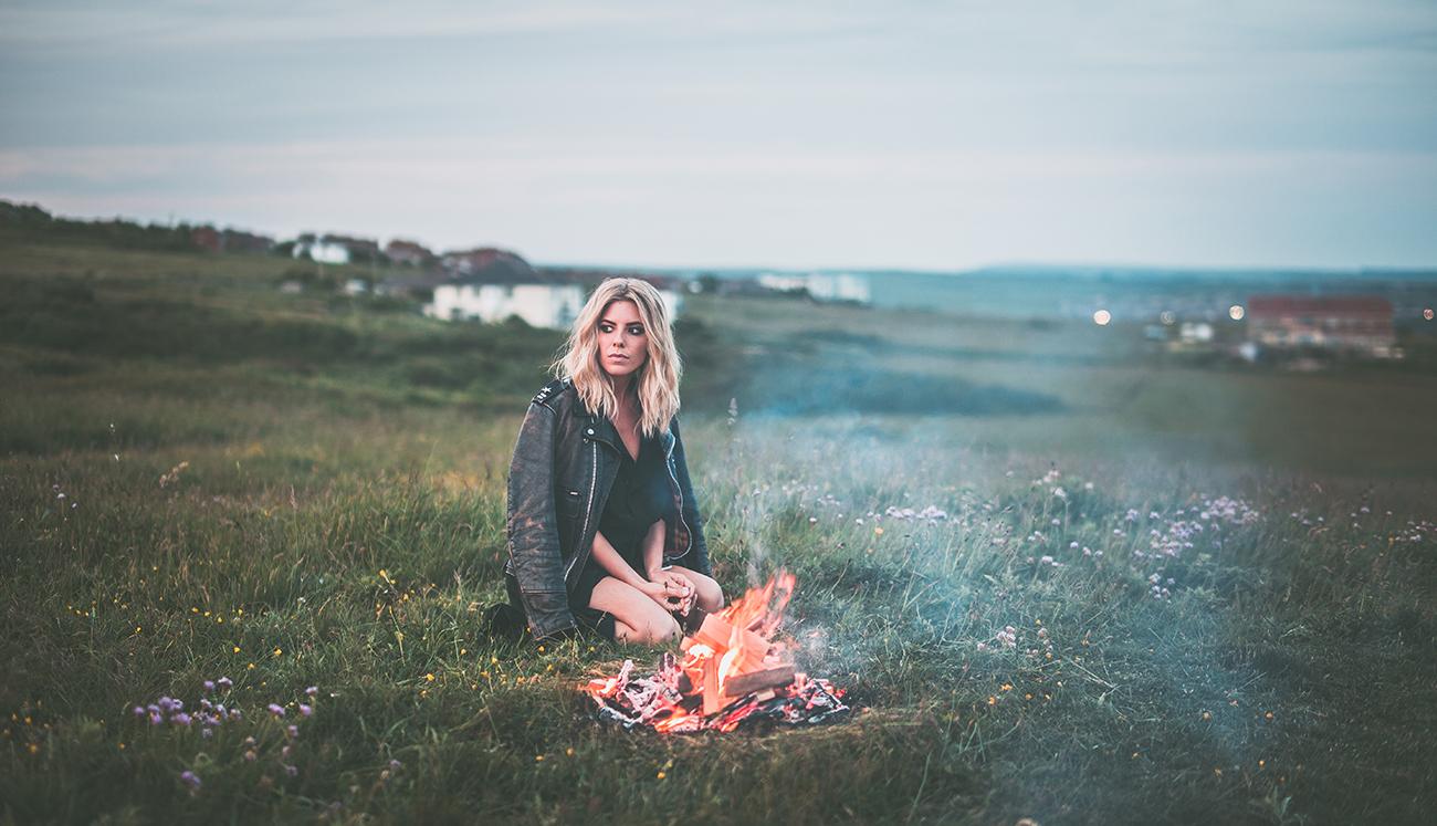 mollie king campfire