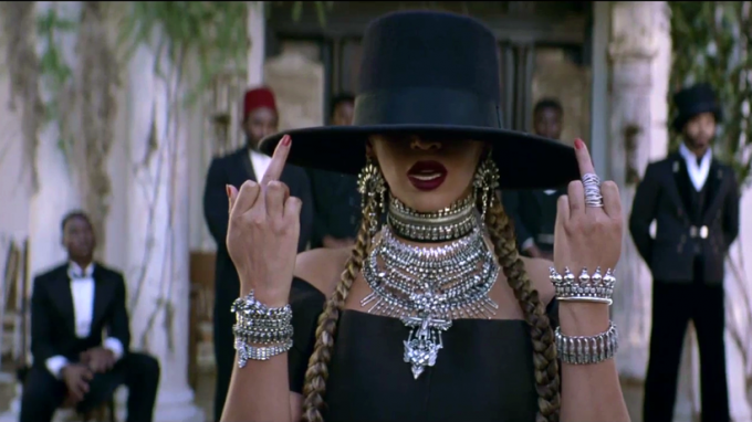 beyonce-formation-hat